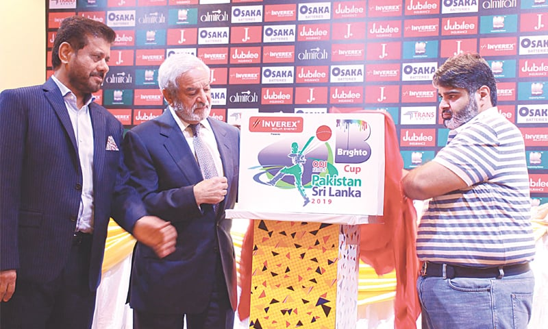 PCB chairman Ehsan Mani (second L) unveils the logo of the forthcoming Pakistan-Sri Lanka ODI series on Tuesday.—M.Arif/White Star
