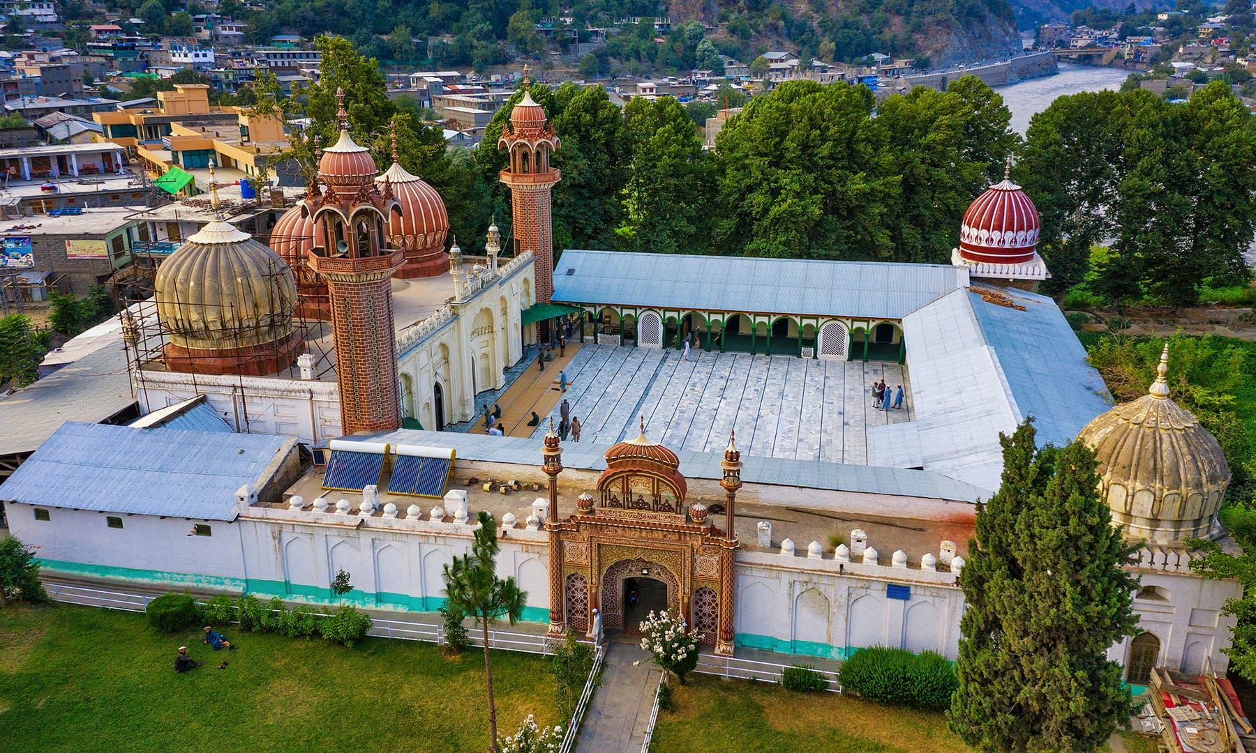 چترال کی شاہی مسجد—سید مہدی بخاری