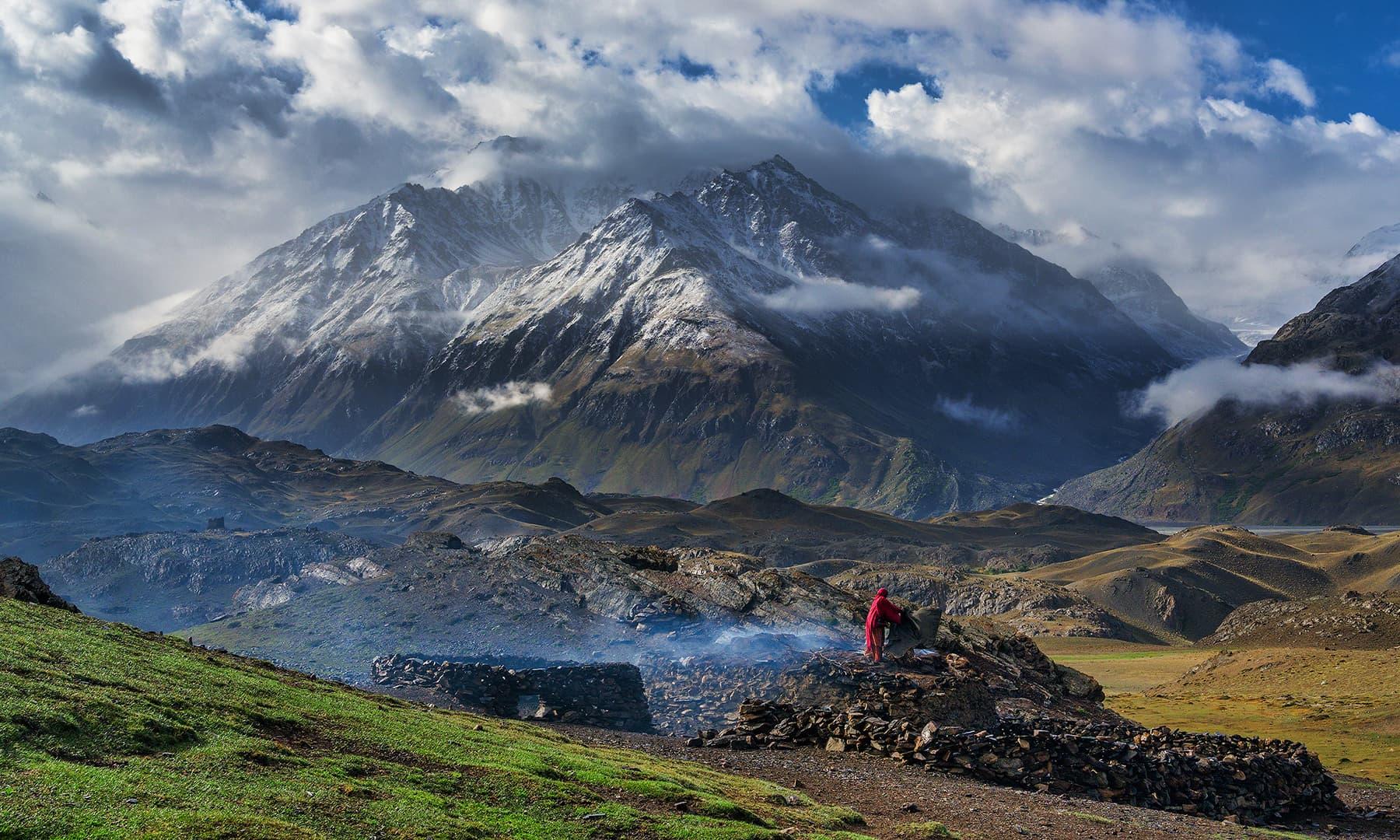 وادی بروغل میں بستی زندگی کی ایک جھلک—سید مہدی بخاری