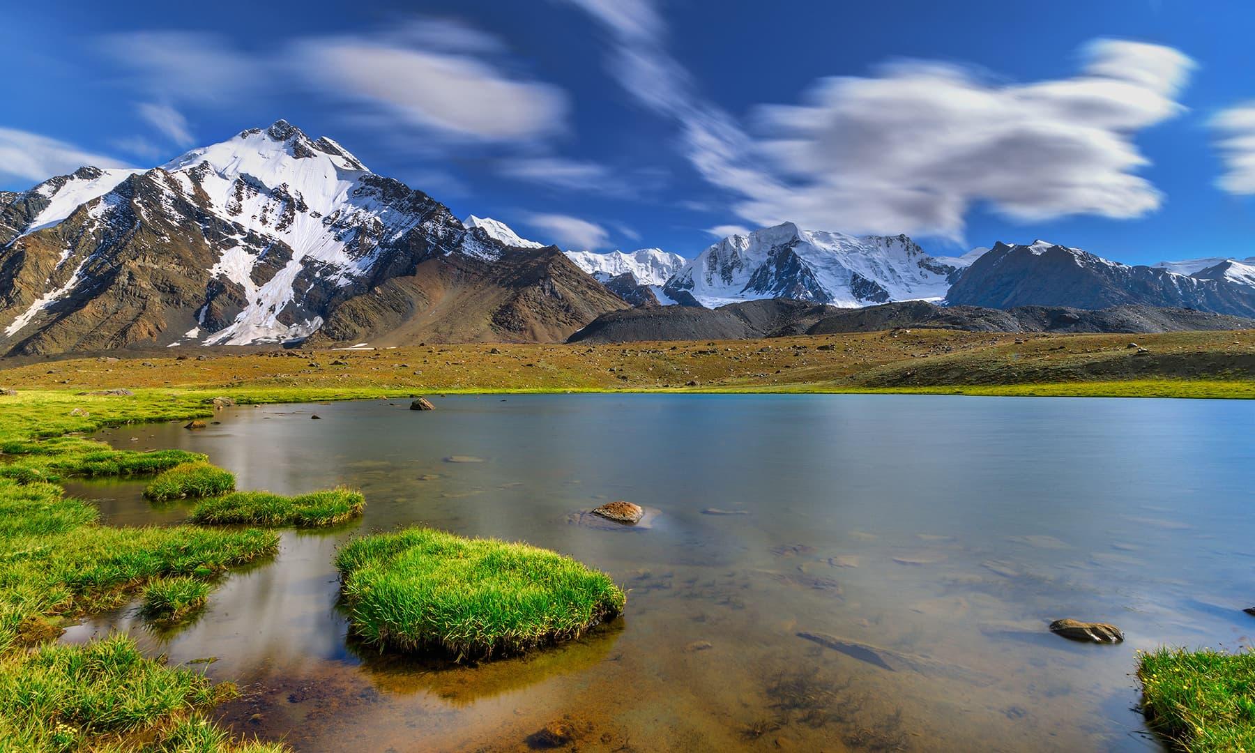 جھیل کنارہ—سید مہدی بخاری