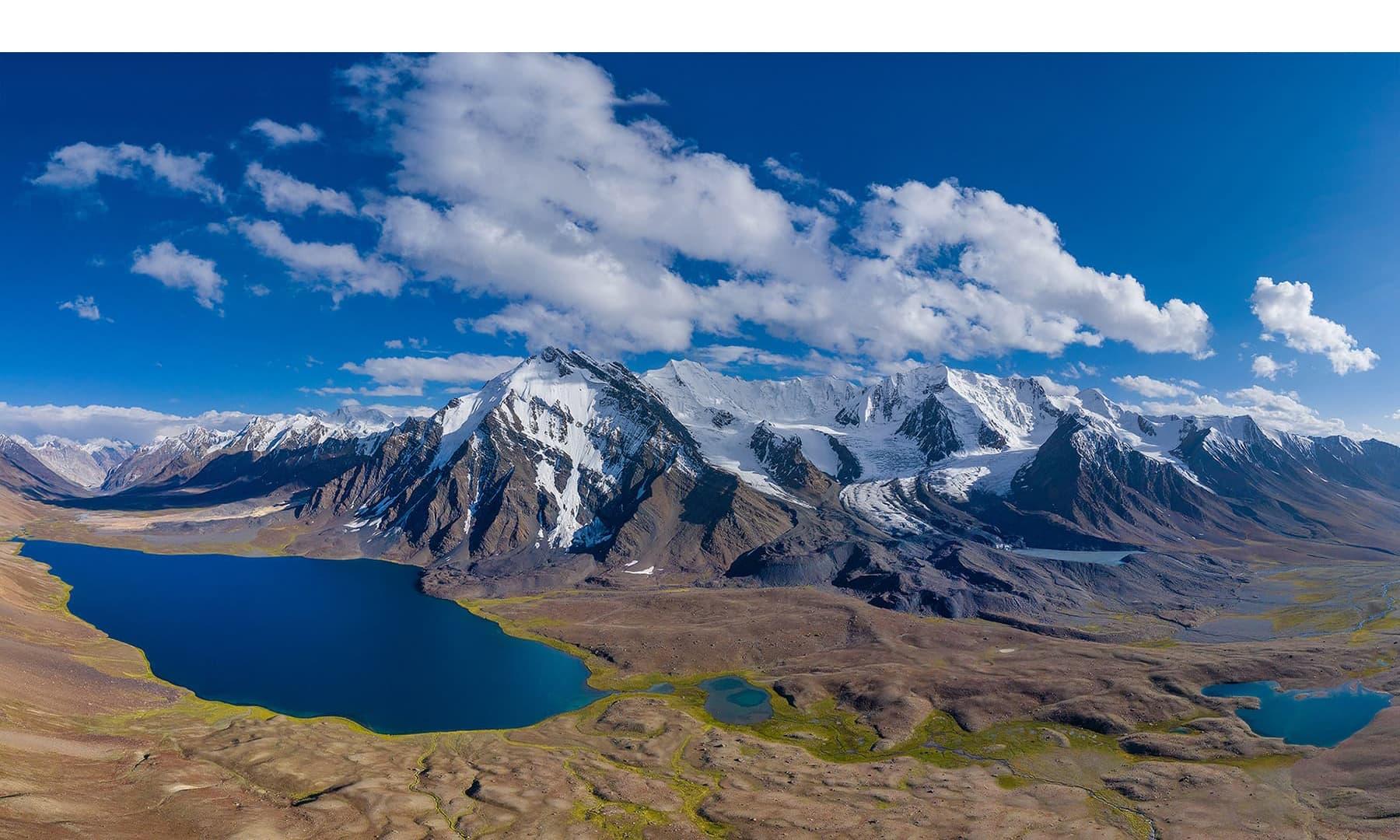 کرومبر جھیل کا نظارہ—سید مہدی بخاری