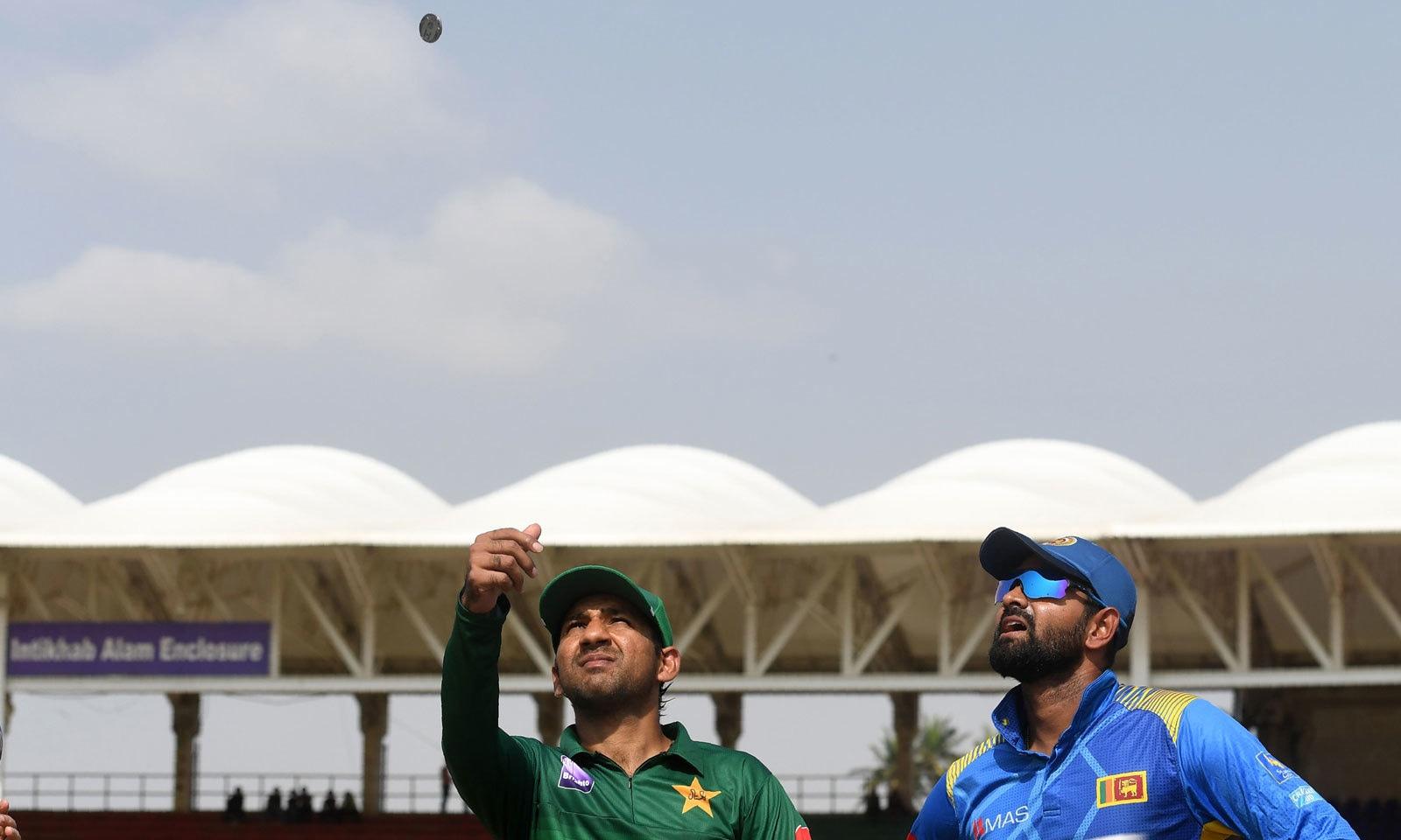 کراچی کے نیشنل اسٹیڈیم میں 10سال بعد ون ڈے کرکٹ کی واپسی ہوئی— فوٹو— اے ایف پی