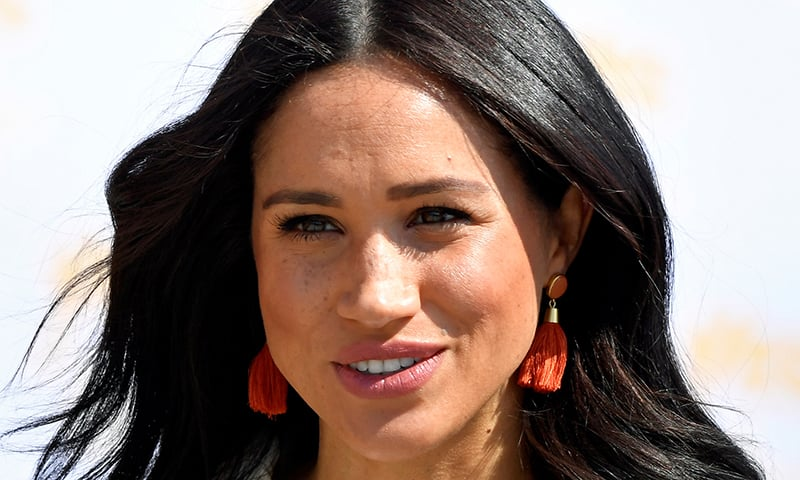 UK tabloid to fight Meghan Markle's lawsuit on letter to dad
