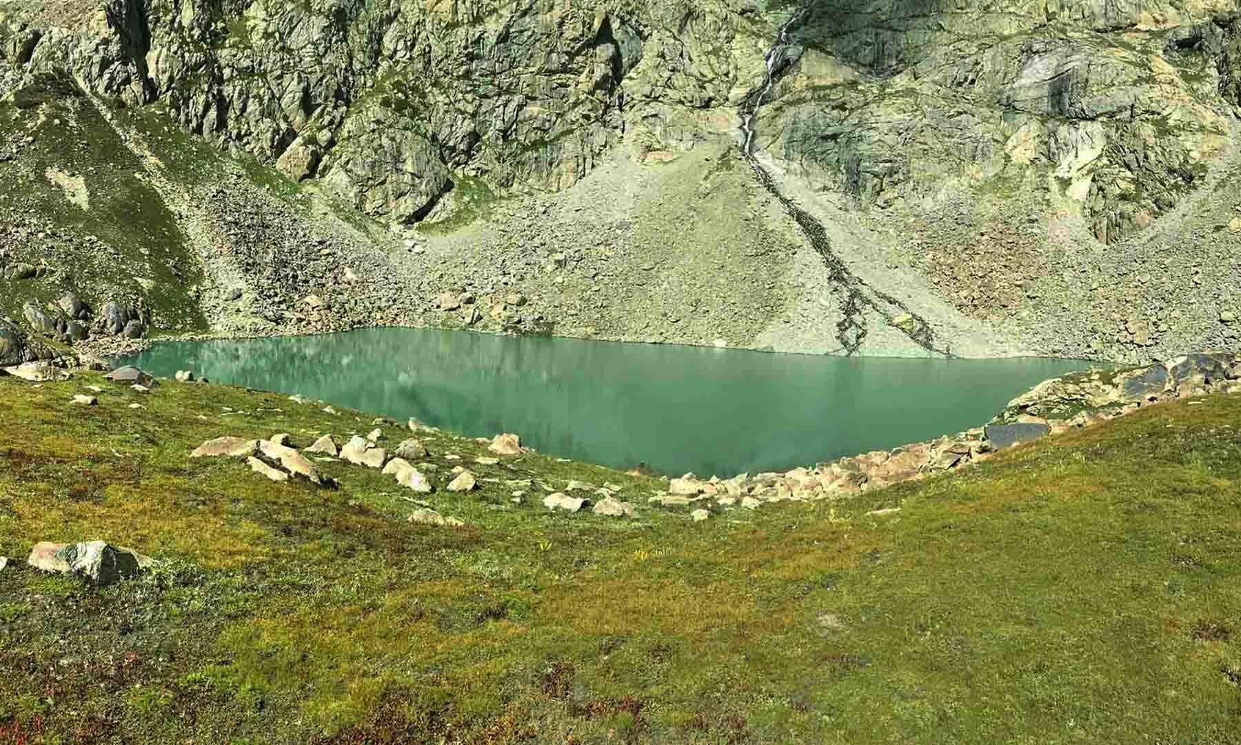 خانکو جھیل