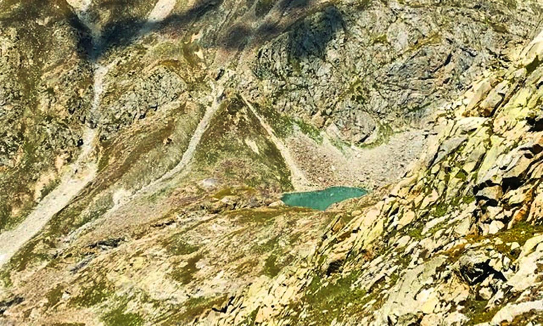 خانکو جھیل پر پڑنے والی پہلی نظر