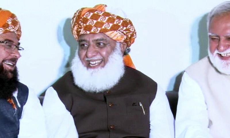JUI-F chief Maulana Fazlur Rehman addressing a press conference in Islamabad. — DawnNewsTV
