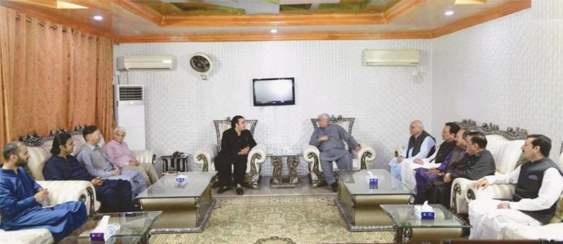 ISLAMABAD: Pakistan Peoples Party chairman Bilawal Bhutto-Zardari and Awami National Party president Asfandyar Wali Khan hold talks on Sunday.—INP