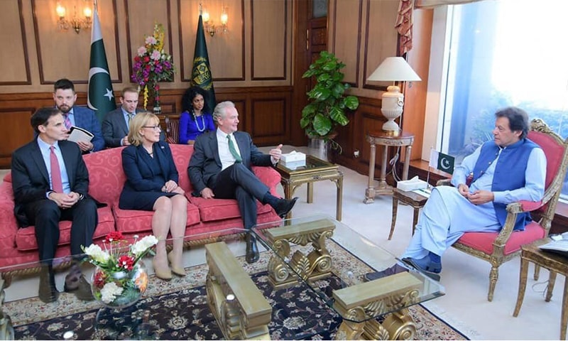 US senators call on PM Imran, express resolve to remain engaged on Kashmir situation