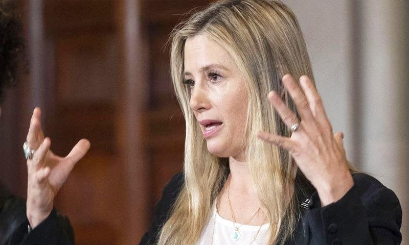 ایوارڈ یافتہ اداکارہ مرا سروینو نے بھی ہاروی وائنسٹں پر ریپ کا الزام لگا رکھا ہے—فوٹو: اے پی