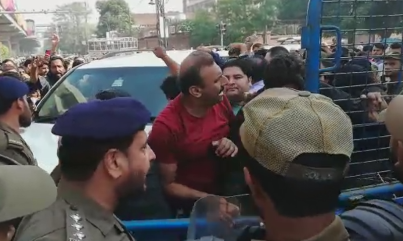 A large number of party workers also gathered outside the court ahead of former premier Nawaz Sharif's appearance. — DawnNewsTV