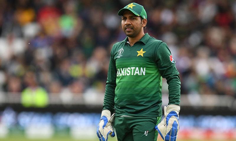 پاکستان کرکٹ بورڈ نے سرفراز احمد کو ٹی20 ٹیم کا کپتان برقرار رکھنے کا فیصلہ کیا ہے— فائل فوٹو: اے ایف پی