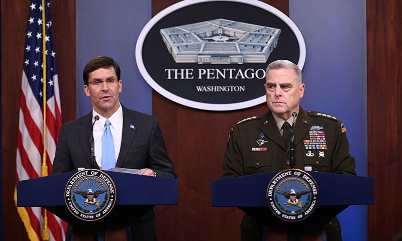 After mixed messages, US piles pressure on Turkey