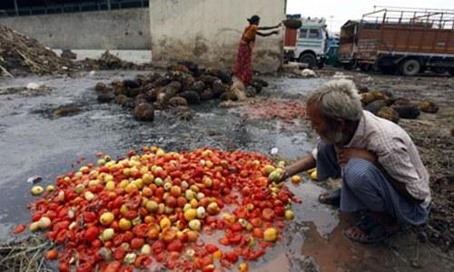 رپورٹ کے  مطابق ایشیا میں غذائیت کی کمی میں بتدریج اضافہ ہورہا ہے—فوٹو: اے پی