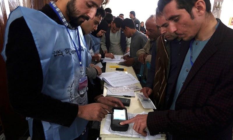 افغان صدارتی انتخاب میں گزشتہ الیکشن کے مقابلے میں کم ٹرن آؤٹ دیکھا گیا تھا—فائل/فوٹو:اے پی