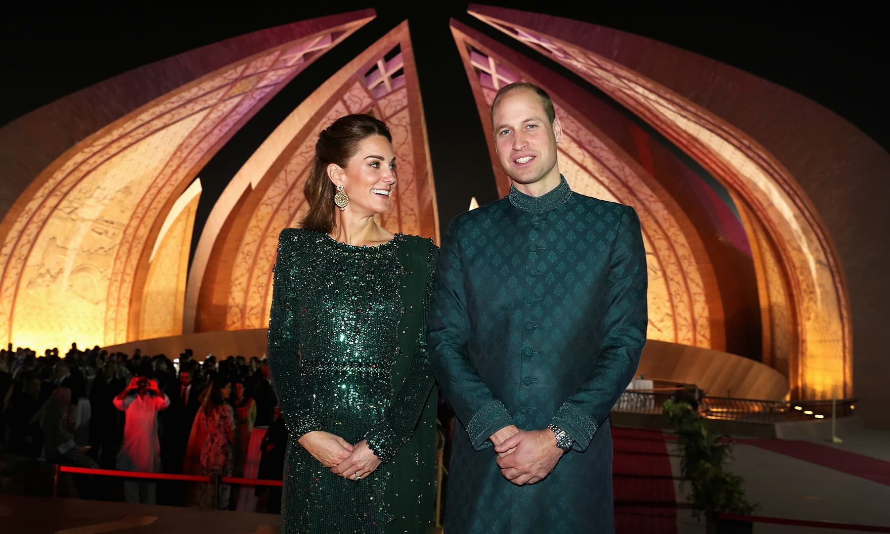 Prince William and Catherine, Duchess of Cambridge, pose as they attend a reception at the Pakistan National Monument in Islamabad. — Reuters
