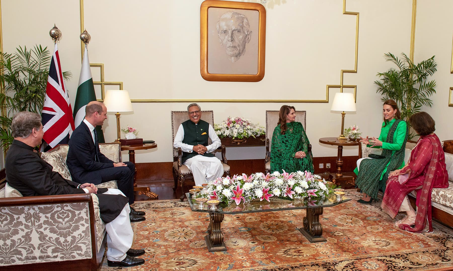 Prince William and Catherine, Duchess of Cambridge attend a meeting with President Arif Alvi at the Presidential Palace in Islamabad, October 15. — Reuters