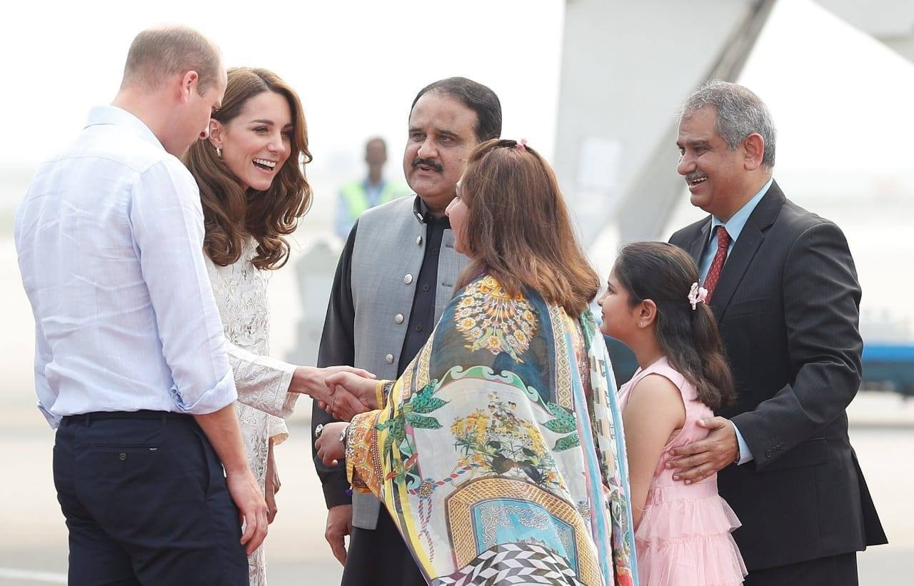 Punjab Chief Minister Usman Buzdar welcomes Duke and Duchess of Cambridge Prince William and Kate Middleton on their arrival in Lahore. — Photo provided by media dept of Punjab govt