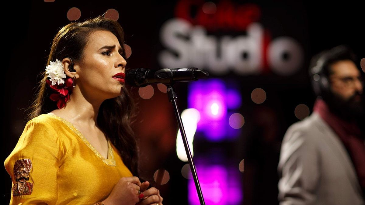 "Zoe Viccaji singing ""Ram Pam"".—Kohi Marri for Coke Studio Season 12"