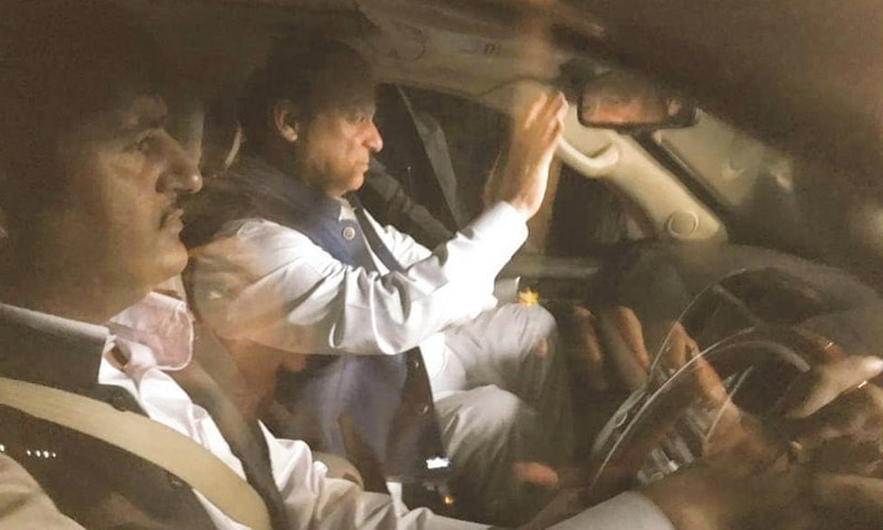 LAHORE: Former prime minister Nawaz Sharif being taken to the Services Hospital on Monday night.—White Star