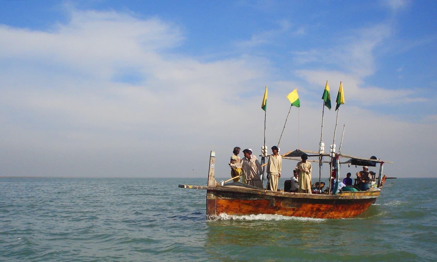 2006ء میں کھارو جھان کو جاتی کشتی کی لی گئی ایک تصویر