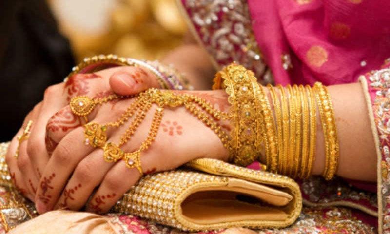 ماہرین نے طلاق پر کوئی بات نہیں—فوٹو: شٹر اسٹاک