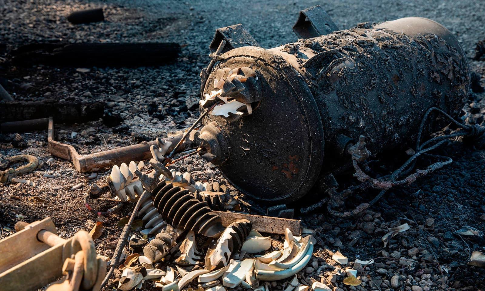 ونڈسر میں آگ سے شہریوں میں خوف و ہراس پایا جاتا ہے—فوٹو:اے ایف پی