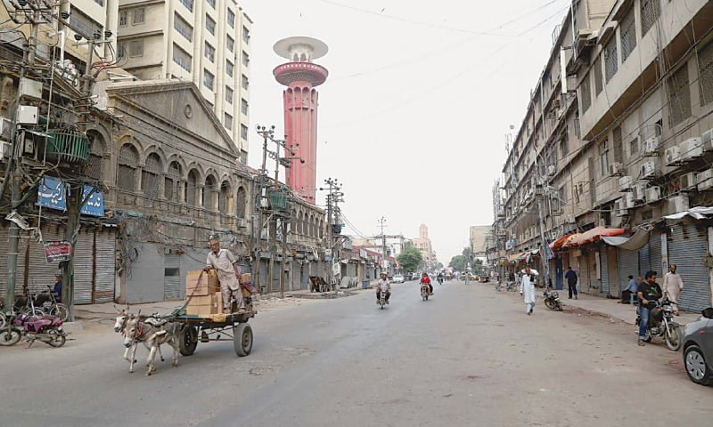KARACHI: A market that normally sees a lot of activity wears an almost deserted look on Tuesday due to a strike by traders.—PPI