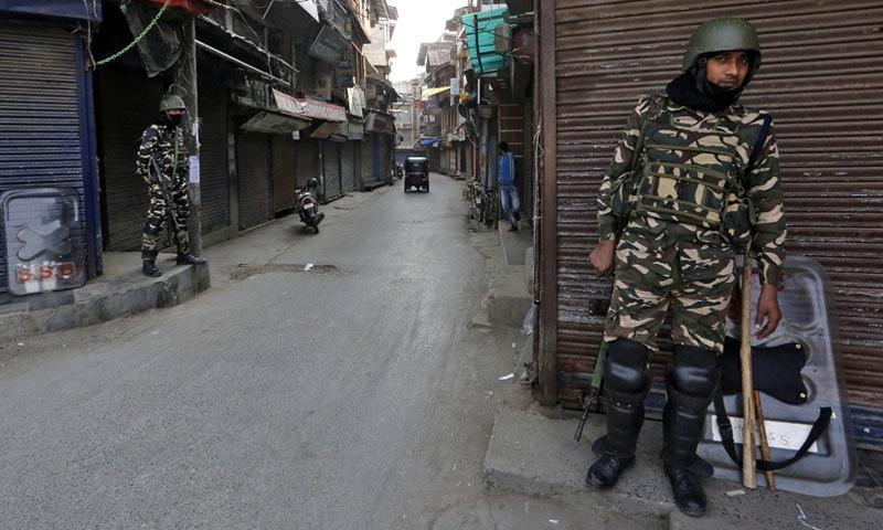 کشمیر میں 5 اگست سے لاک ڈاؤن نافذ ہے —فائل فوٹو: رائٹرز