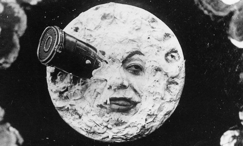 کیا فرانس امریکا سے پہلے ہی چاند پر پہنچ گیا تھا؟