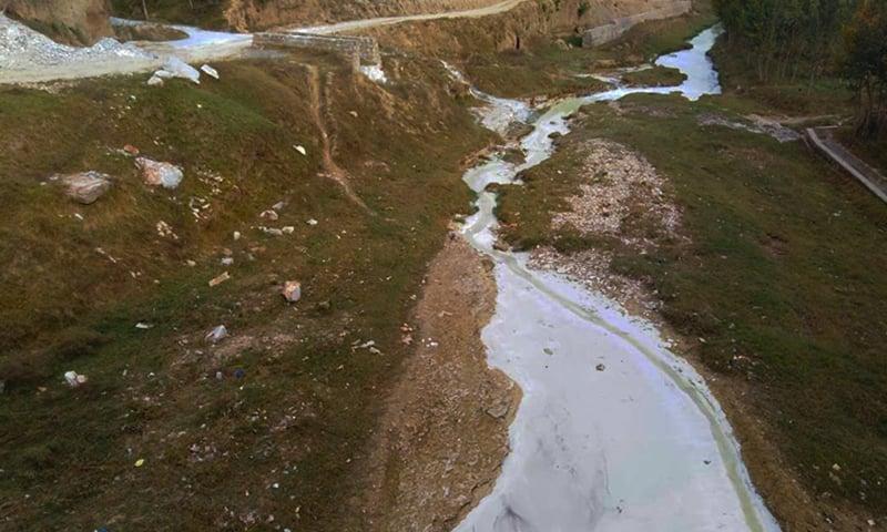 نہروں میں ماربل کیچڑ—نصیب یار چغرزئی