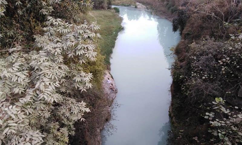 بونیر کی نہر میں بہتا ماربل کیچڑ—نصیب یار چغرزئی