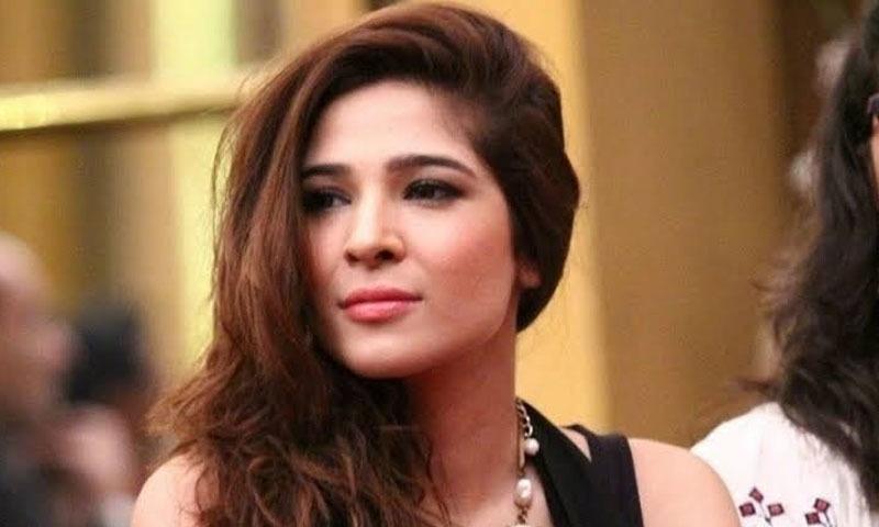 عائشہ عمر کا شمار پاکستان کی بہترین اداکاراؤں میں کیا جاتا ہے — فوٹو/ اسکرین شاٹ