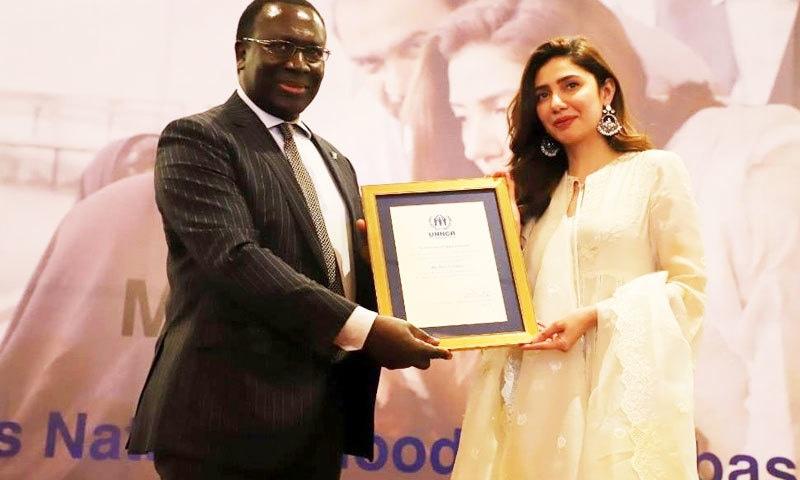 اداکارہ کو خیر سگالی سفیر کی سند بھی دی گئی—فوٹو: یو این ایچ سی آر انسٹاگرام