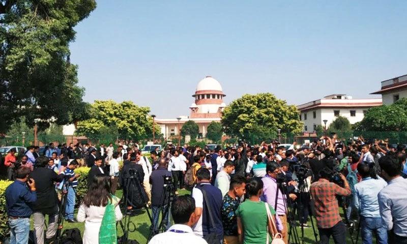 بھارتی سپریم کورٹ نے تقریبا 27 سال تک سماعتیں کرنے کے بعد ہندوؤں کے حق میں فیصلہ سنایا—فائل فوٹو: انڈیا ٹوڈے