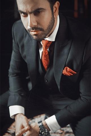Photos: Hamza Khan Baande | Wardrobe: Munib Nawaz
