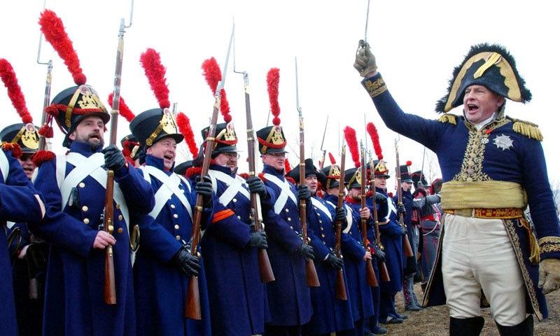 الیک سکالوف کو یورپ کی فوجی تاریخ پر بھی عبور حاصل ہے—فوٹو: رائٹرز