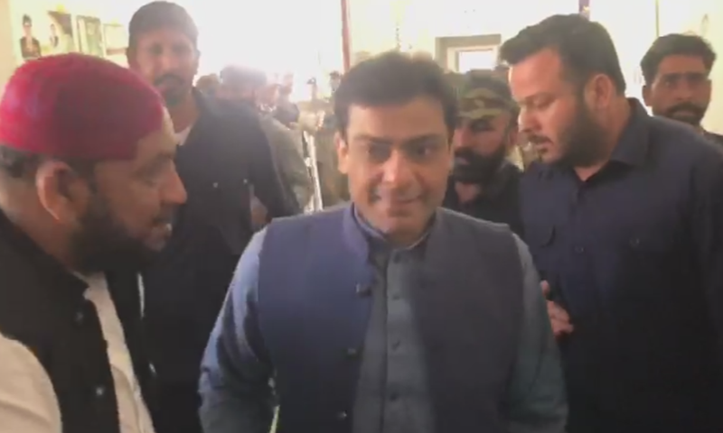 Accountability judge was busy in the proceedings when he noticed Hamza Shehbaz conversing with his party men loudly in court. — DawnNewsTV/File