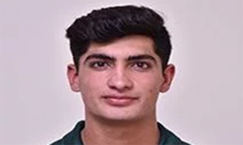 Pacer Nasim Shah to stay in Australia after mother's death
