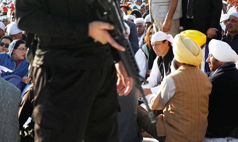 سنی دیول وزیر اعظم عمران خان کی خصوصی دعوت پر آئے تھے—فوٹو: رائٹرز