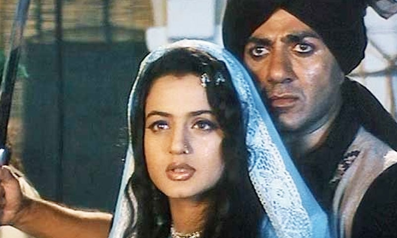 سنی دیول پاکستان مخالف فلموں میں اہم کردار ادا کر چکے ہیں—اسکرین شاٹ/ یوٹیوب
