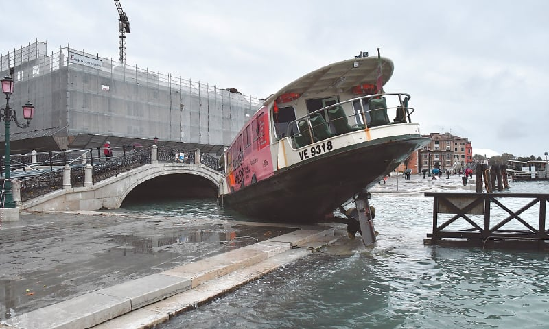 Climate change, corruption blamed for Venice flood devastation