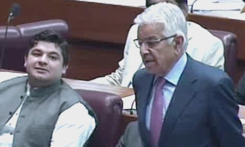 PML-N leader Khawaja Asif addresses the National Assembly on Thursday. — DawnNewsTV