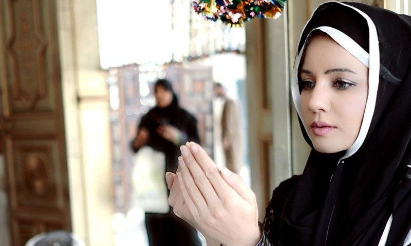 رابی پیرزادہ کا مذہبی تعلیمات کے مطابق زندگی گزارنے کا اعلان