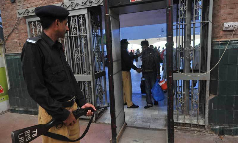 Railways IGP says police should be made separate executive dept and placed under interior ministry to let it work independently. — AFP/File