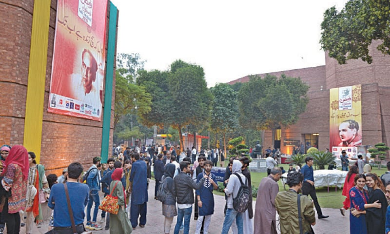 VISITORS gather on the premises of Alhamra to attend Faiz International Festival. — White Star