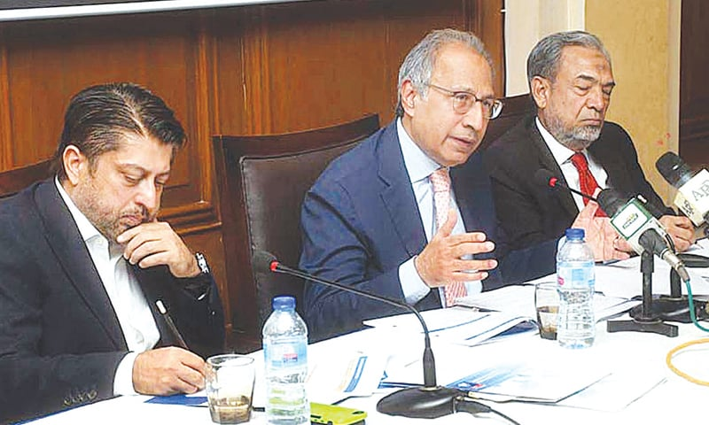 Worst is over, Hafeez tells business leaders in Karachi