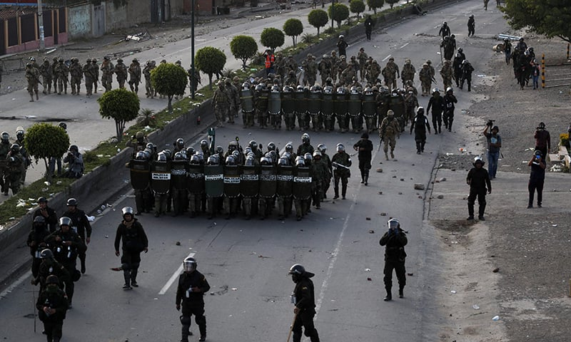 Bolivia's crisis turns violent with five deaths