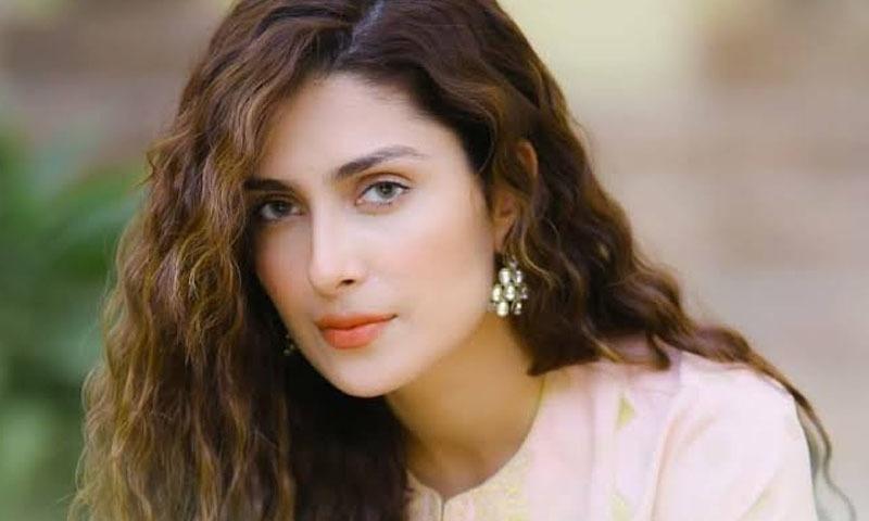 دونوں ڈراموں میں عائزہ خان نے مرکزی کردار نبھایا — فوٹو: انسٹاگرام