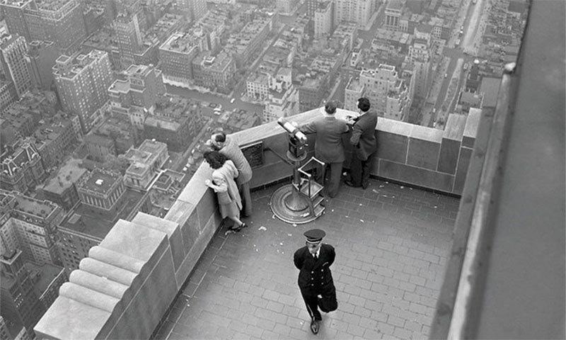 22 مئی 1947کو ایمپائر اسٹیٹ بلڈنگ کے آبزرویشن ڈیک لی گئی تصویر— فوٹو بشکریہ میش ایبل