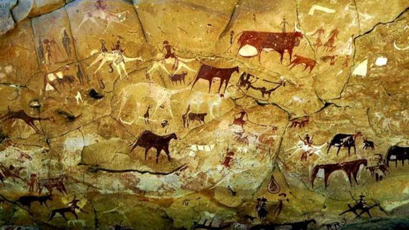 غار کی دیوار پر بنے قدیم نقوش